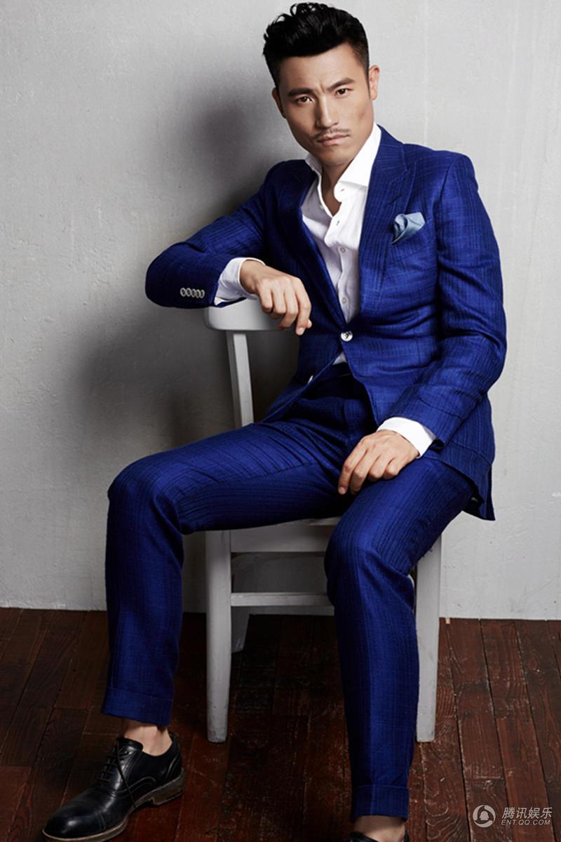 高清 耿乐最新大片曝光 着蓝色西装时尚有型