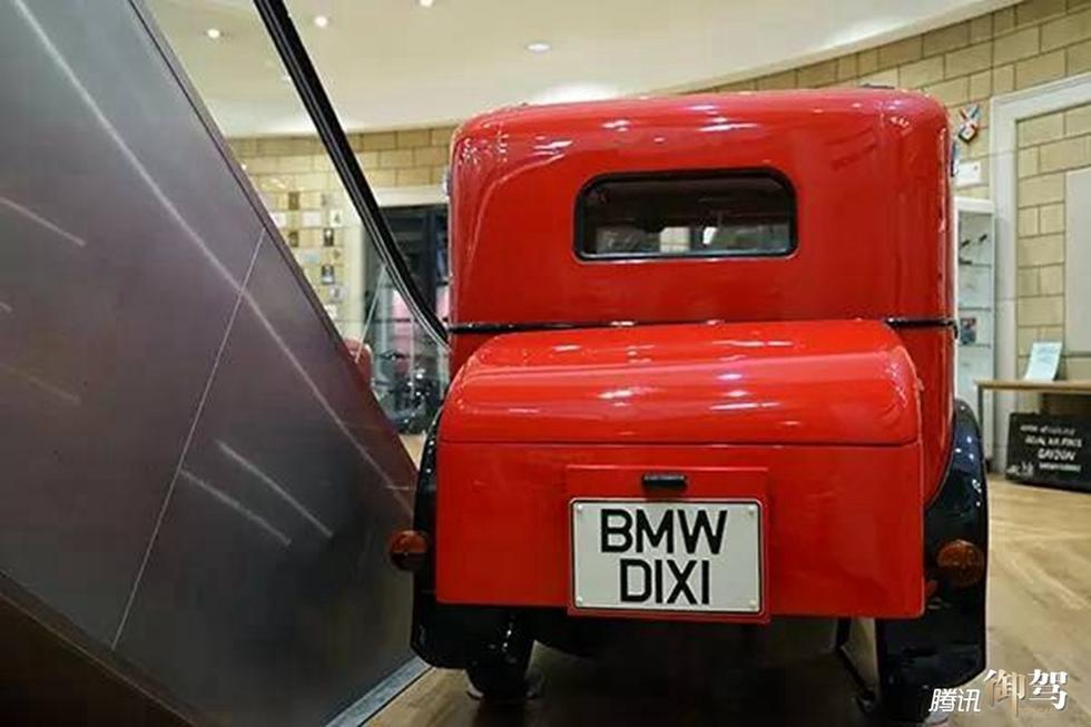 几款车仅是博物馆中的凤毛麟角,其实每一台经典车的背后都有高清图片