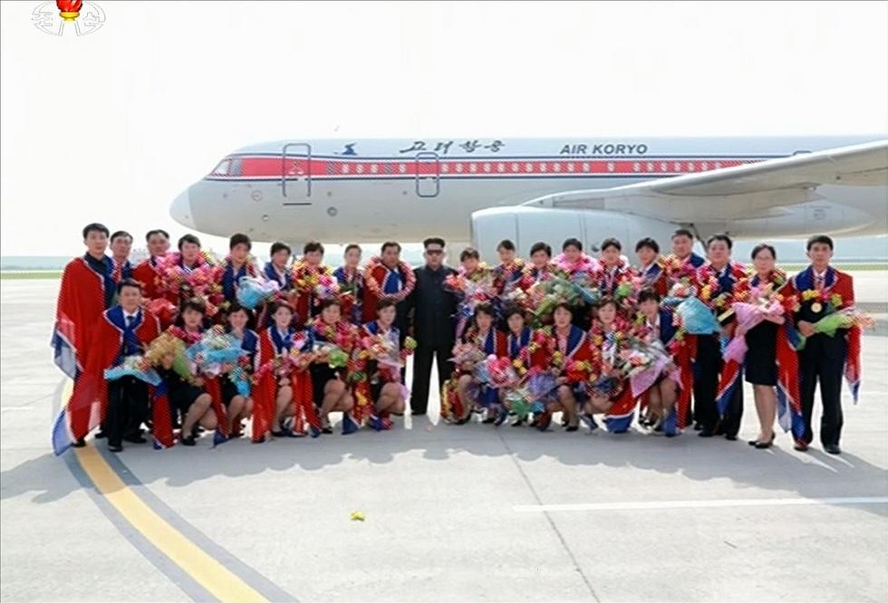 朝鲜女足东亚杯卫冕 金正恩前往机场迎接2015.8.11 - fpdlgswmx - fpdlgswmx的博客