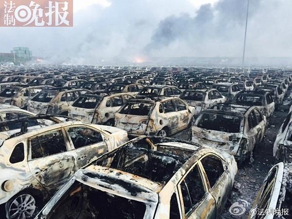 天津爆炸现场数千辆全新汽车烧毁2015.8.13 - fpdlgswmx - fpdlgswmx的博客