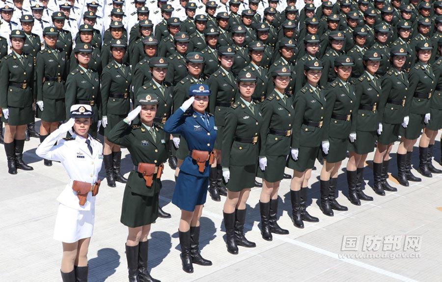 共和国女兵 阅兵场上最靓丽的风景线