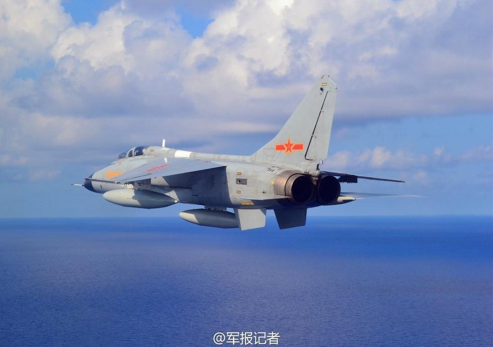 组图:飞豹战机超低空巡视西沙永兴岛画面曝光 - 海阔山遥 - .