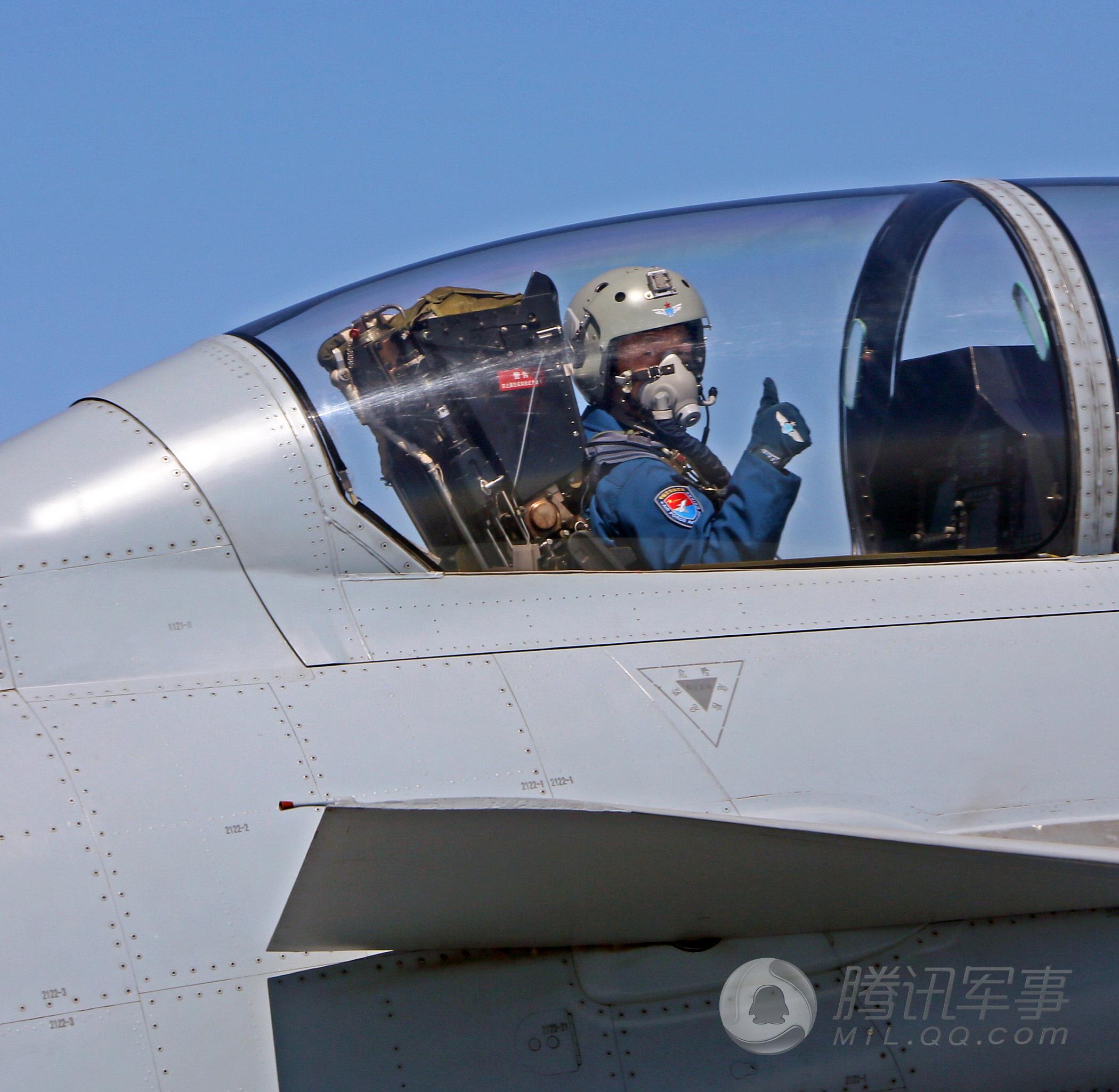"""FC-31""""鹘鹰""""将走向何方 能否成新一代舰载战斗机"""