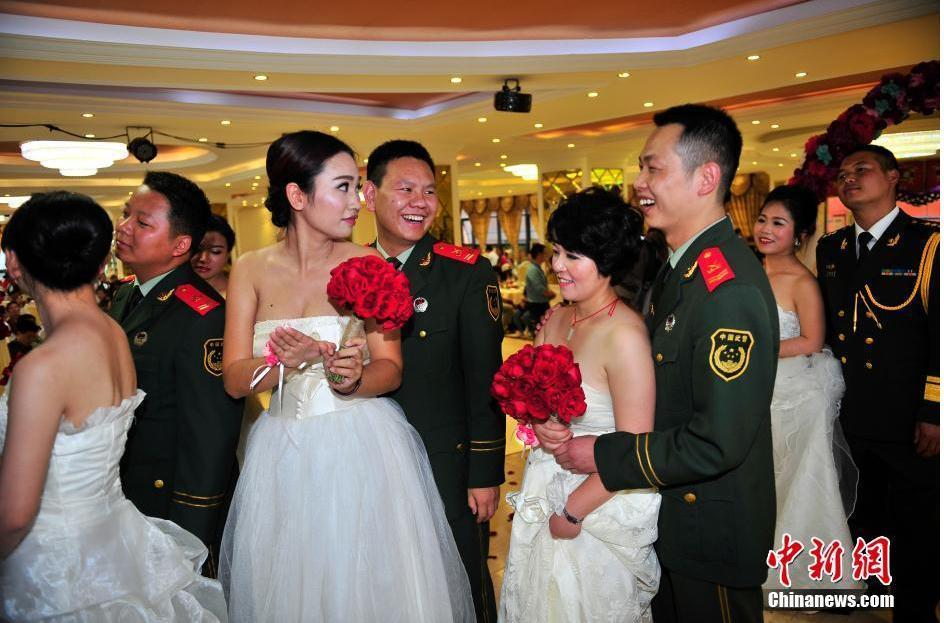 昆明消防官兵举行集体婚礼 3人因出勤错过2015.9.25 - fpdlgswmx - fpdlgswmx的博客