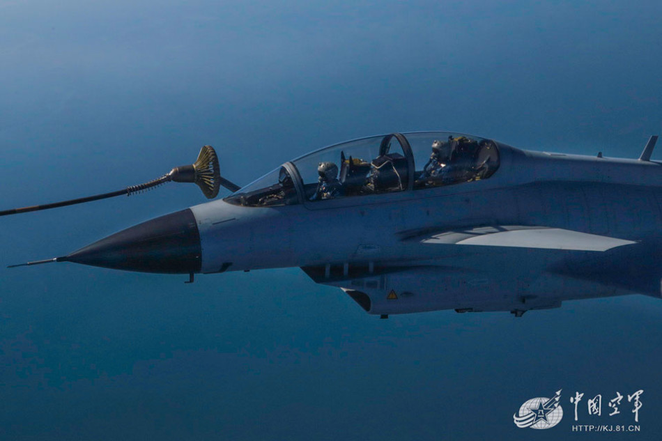 俄罗斯二战机在日本相撞