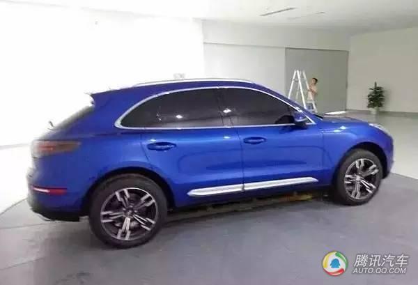 今年国产SUV品牌频频发力,众泰更是风起云涌频发新车.下面这辆绿高清图片