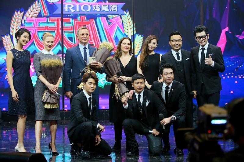 张靓颖助阵《007幽灵党》 受邀献唱电影推广曲
