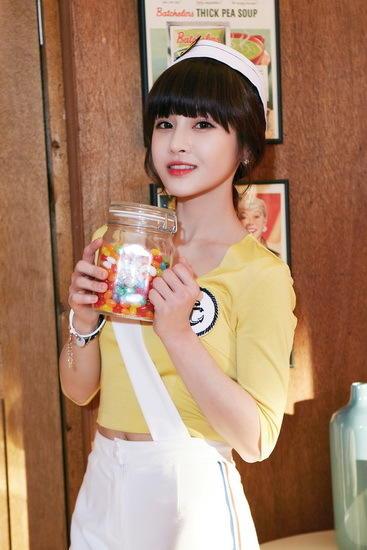 韩国组合T-ara进军中国 首秀中文惹热议