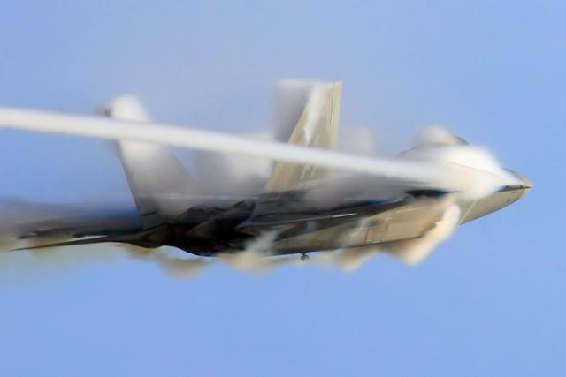 """""""猎鹰""""为什么备受国际军贸市场青睐"""