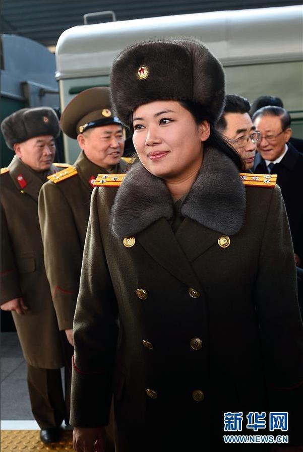 朝鲜美女乐团抵达北京 团长玄松月现身2015.12.11 - fpdlgswmx - fpdlgswmx的博客