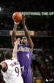 NBA十大诡异数据:得分王8投0中也能砍25分