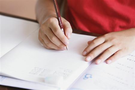 中考报名:非本市户籍考生家庭需提前准备材料
