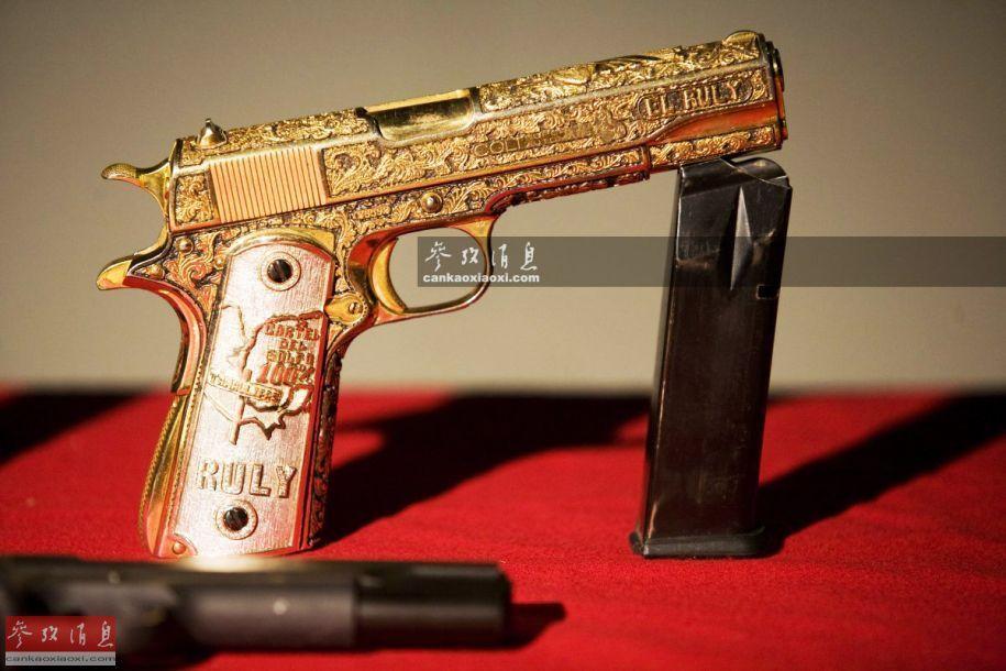 恐怖分子武装兵器