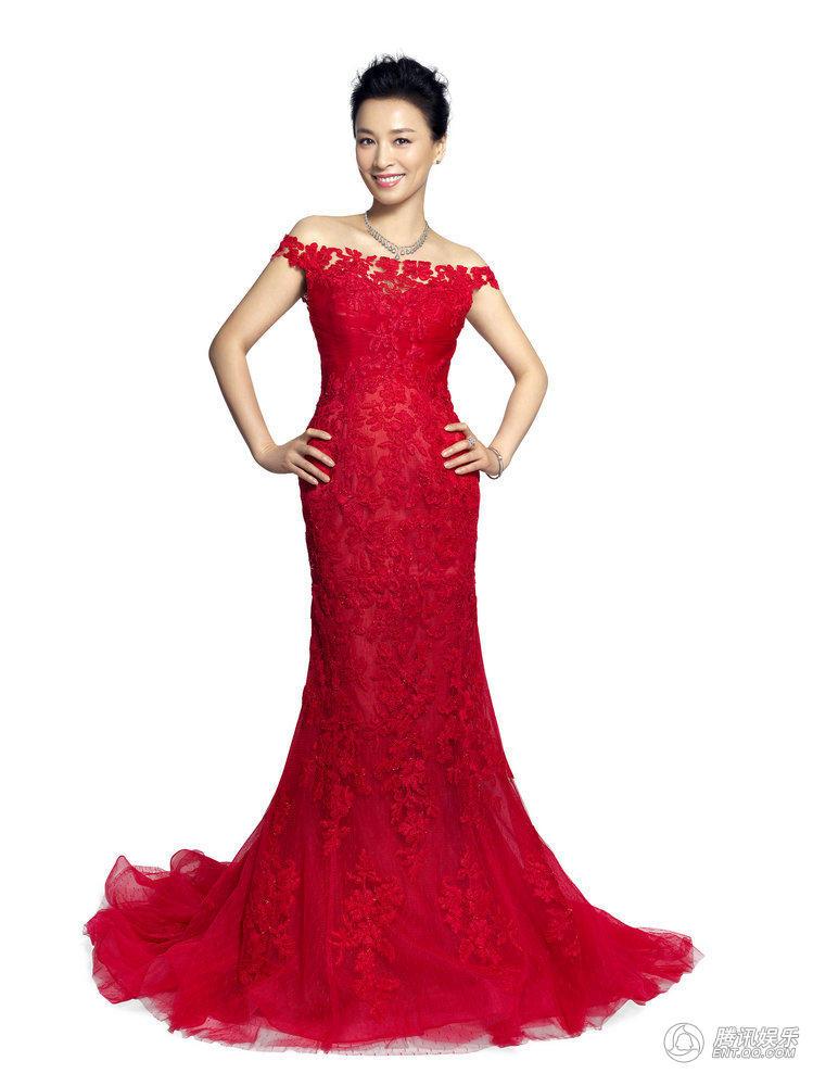 情趣岁末写真曝光联盟红裙尽显精致a情趣蕾丝张庭里英雄服图片