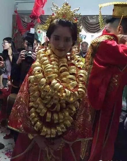 1月11日上午,广东中山很多人的朋友圈都被三乡的一场婚礼刷爆了