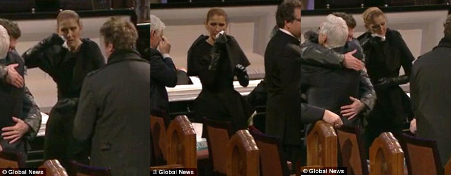 席琳迪翁全黑装现身老公葬礼 怀念故人哀痛不已