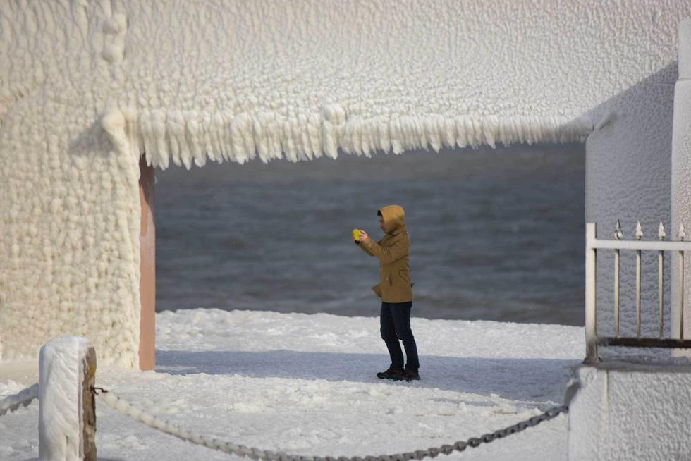 """看着都冷!山东烟台进入""""冰河世纪"""" - 海阔山遥 - ."""