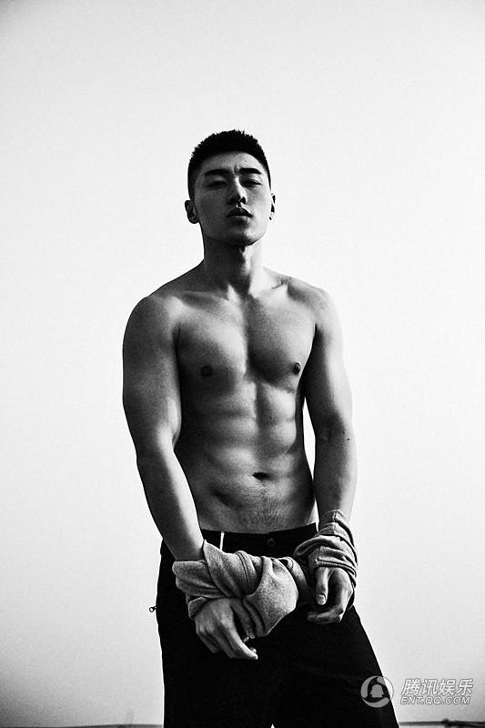 大片:型男袁福福性感性感秀身材高清完美-国照狂拍小学生腹肌图片