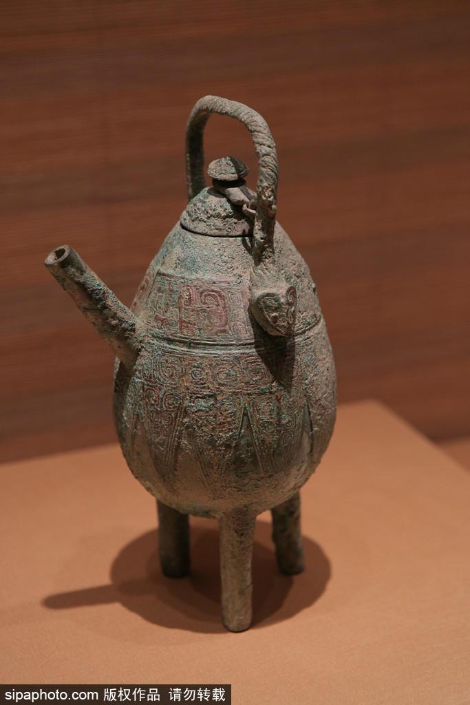 年前的商代晚期都城遗址,是中国众多考古遗址中发掘次数最多、持