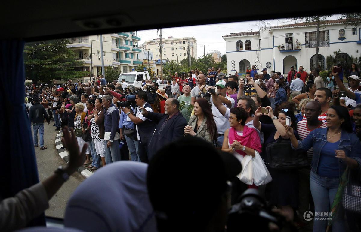 奥巴马与古巴领导人卡斯特罗会面 共赴国宴 - 海阔山遥 - .