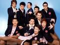 组图:香港六合彩管家婆超级男声郭威成长记  偶像实力并存