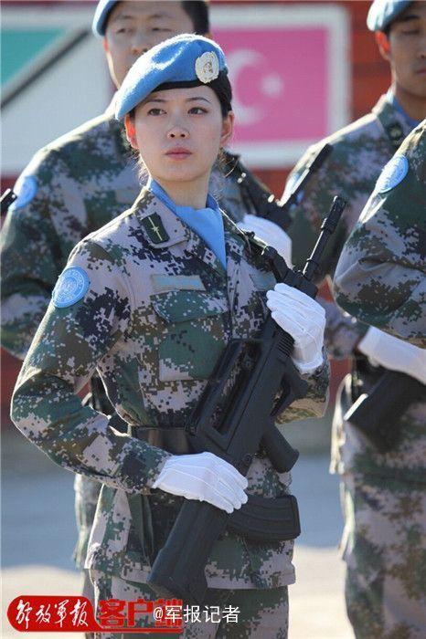 靓丽、潇洒的中国维护部队女兵-解放军 维和女神 成中国名片图片