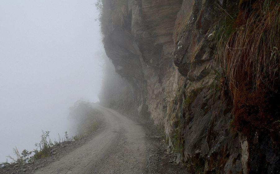 盘点世界最奇特公路:百公里拐29个急转弯 - 海阔山遥 - .