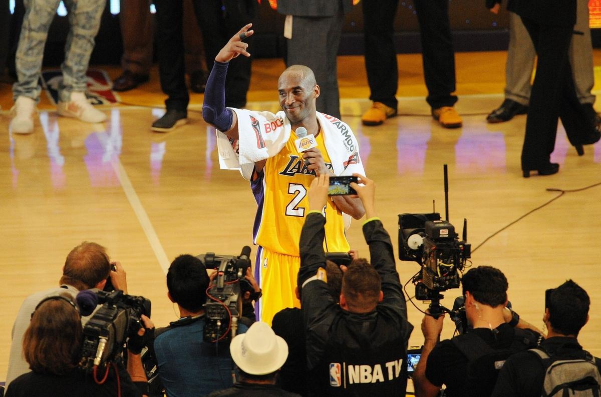 【圖集】Kobe從第1分到33643分全回顧  你的名字我的信仰(影)