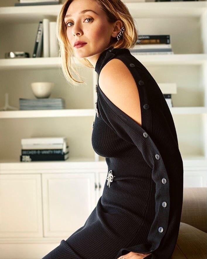伊丽莎白奥尔森写真_《复联2》红女巫写真俏皮性感颜值超高