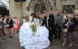 最盛大吉普赛婚礼 63千克婚纱比新娘还重