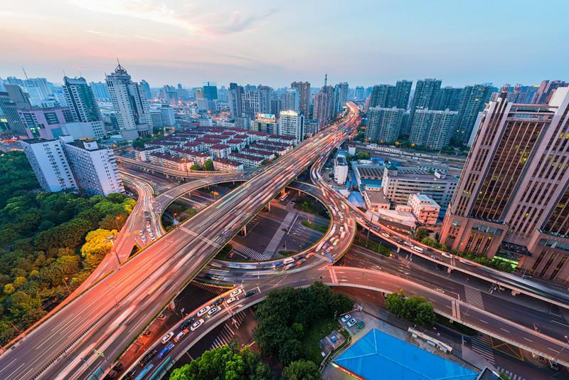 """""""中""""字环形立交桥,将我们美丽的大上海衬托的更加动人.-魔都颜图片"""