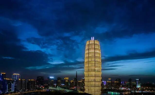 千多年前,成为中国商代中期都城.隋开皇元年(581年),改荥州