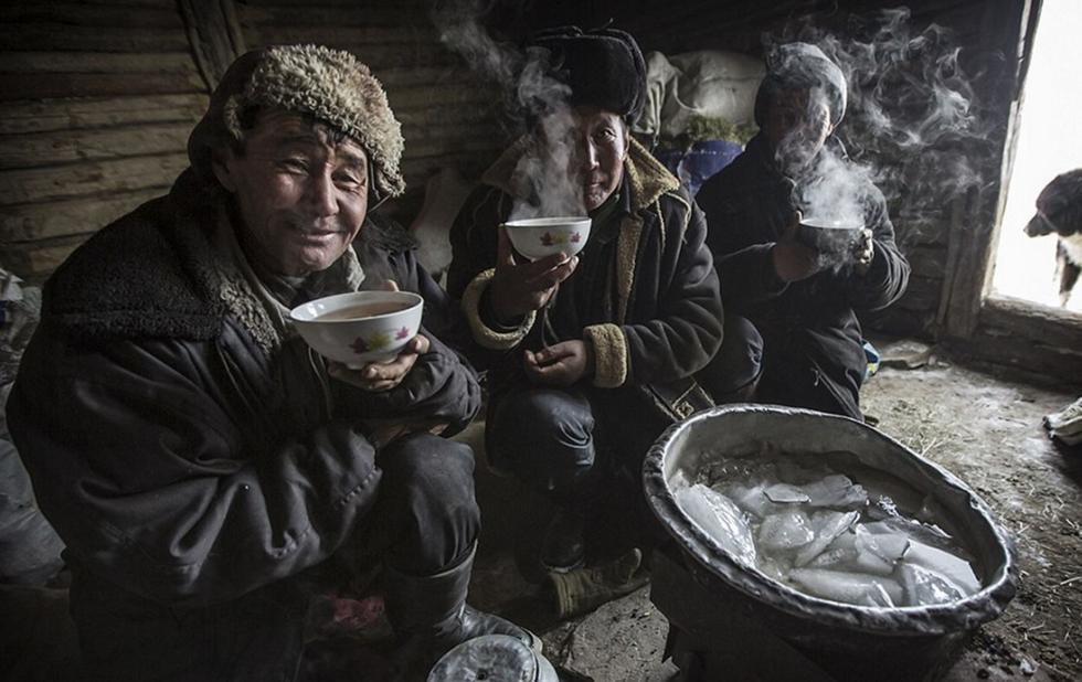 蒙古牧民春季迁徙 零下40度跨越阿尔泰山 - 海阔山遥 - .
