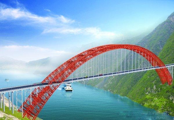 巫山大桥属中承式钢管拱桥,主跨跨径492米,居同类型桥梁世界第