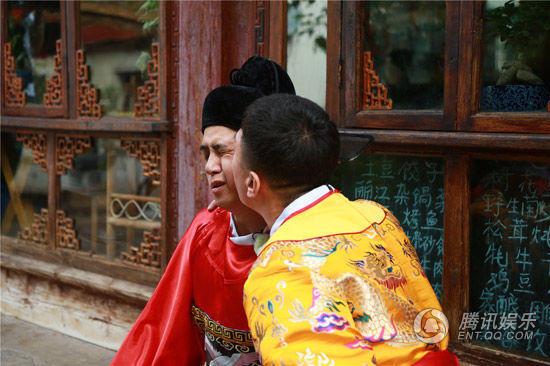 罗志祥北京演唱会当众激吻黄渤 孙红雷:还要不要脸