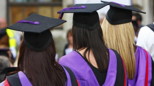 英国大学毕业生就业市场出现明显好转.