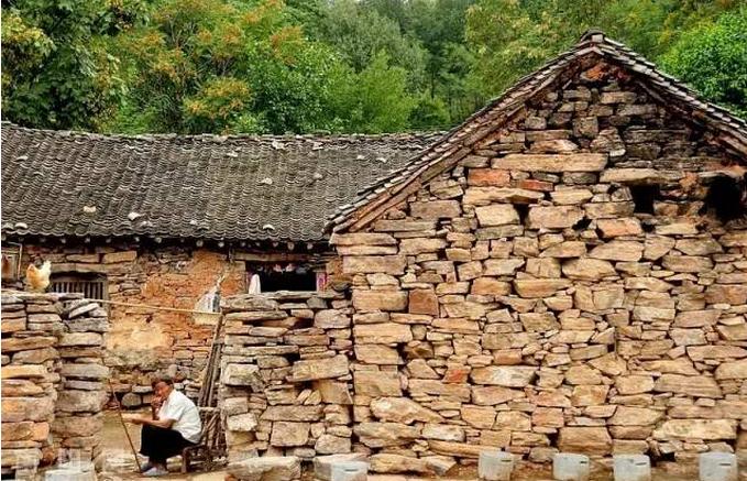 """村落,它是中国南方地区极其罕见的传统古民居建筑群,它就是""""中"""