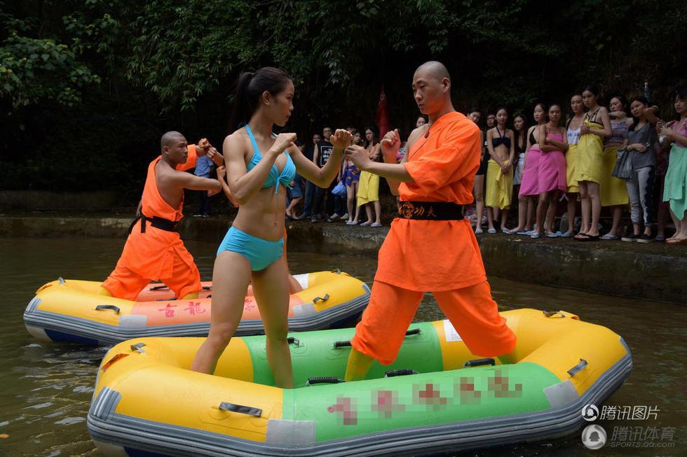 说,让护漂队员学习少林功夫与水中摔跤术,主要是提高急救能力与