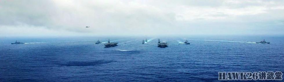 组图:美海军组成双航母编队 为菲律宾站脚助威
