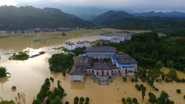 弥渡县有多少人口-另据中国江西网消息,当晚11时30分许,中国江西网记者从鄱阳县防汛