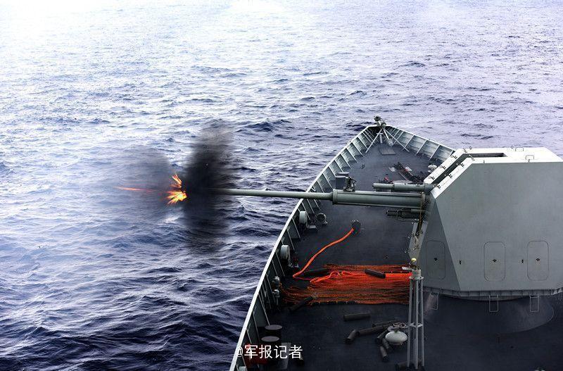 导弹驱逐舰济南舰、导弹护卫舰益阳舰以及综合补给舰千岛湖舰组成的