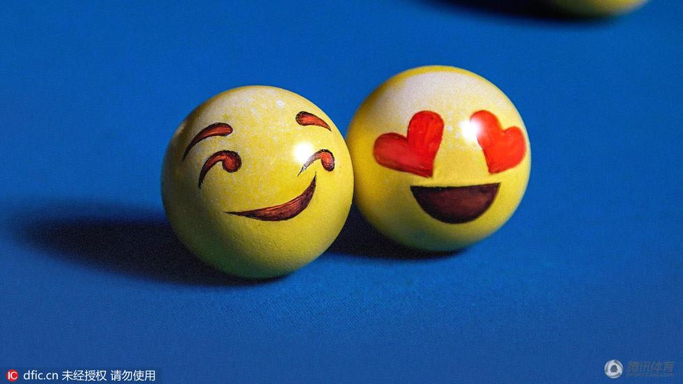 高清:台球变身emoji表情? 妙趣横生令人捧腹图片
