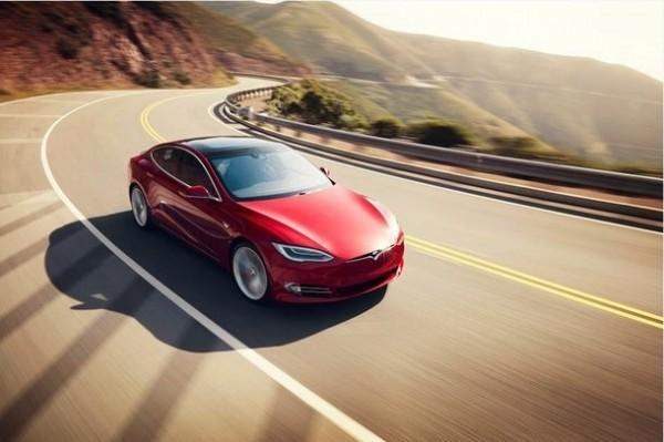 纯电动汽车的预约,首批车主在6月中旬已经拿到了这款新车.其中高清图片
