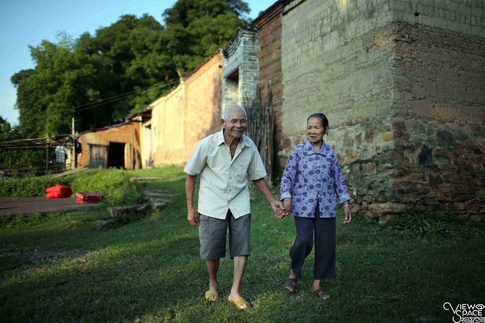 【耄耋收藏】携手走过96年 夫妻双双过百岁 - 耄耋顽童 - 耄耋顽童博客 欢迎光临指导