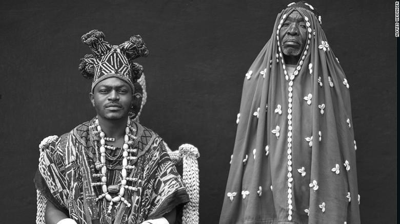 苍狼收藏----揭秘一夫多妻的喀麦隆部落王国 首领娶妻过百 - 苍狼 - 苍狼