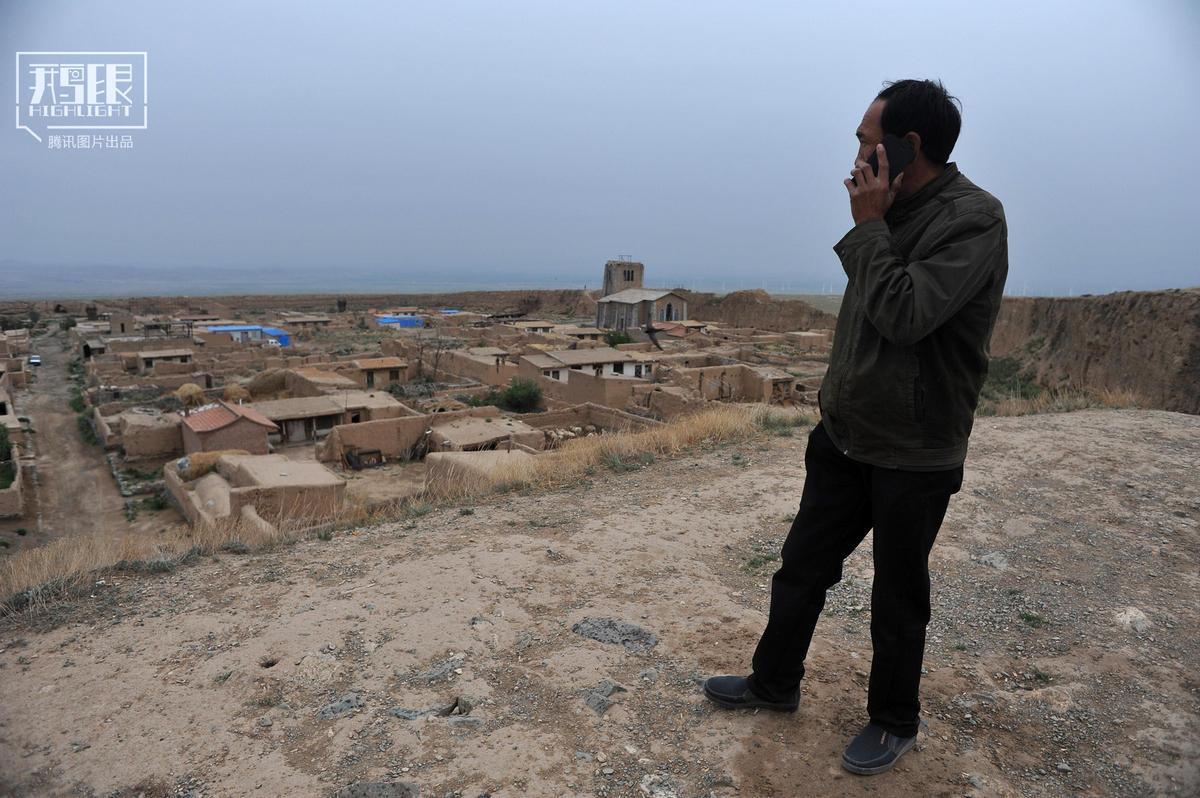 它曾是军事要塞 如今湮灭在戈壁滩 - 海阔山遥 - .