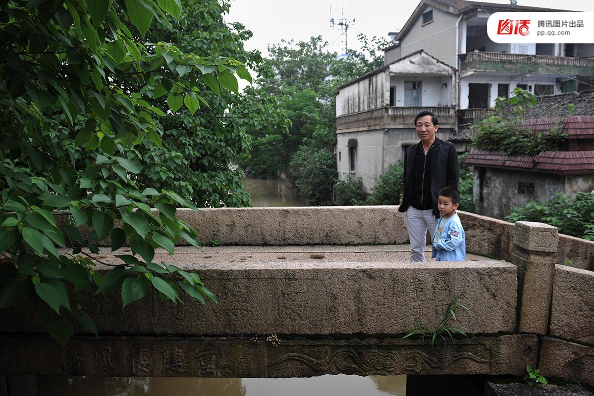 四川人口有多少_信阳有多少人口