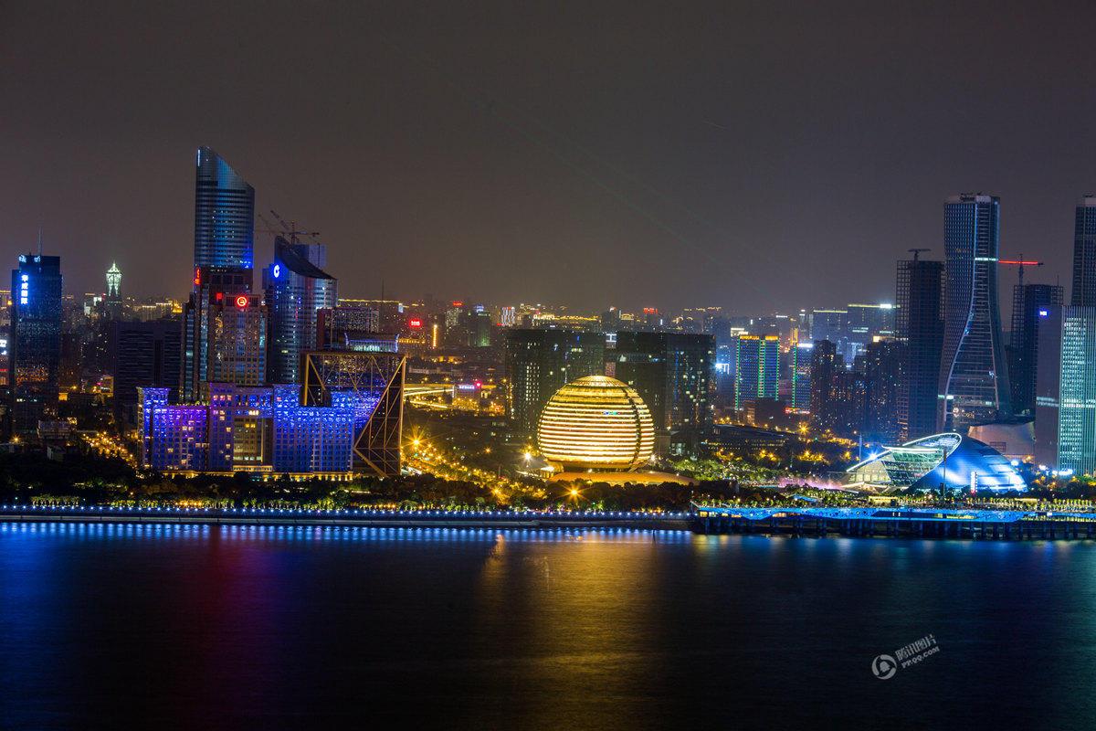 杭州钱江新城亮起灯光秀迎G20峰会 - 海阔山遥 - .