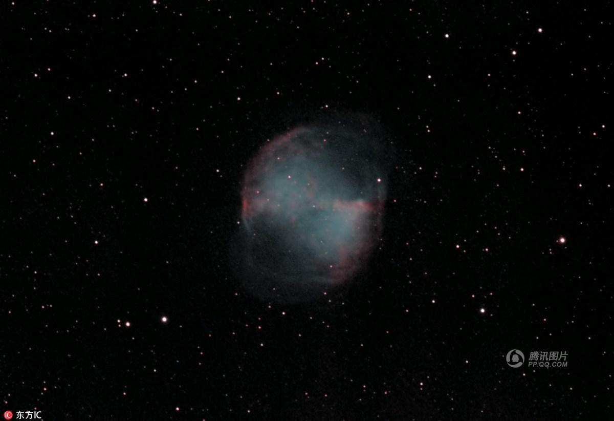英男子自家后院搭天文台 拍下震撼太空美景 - 海阔山遥 - .