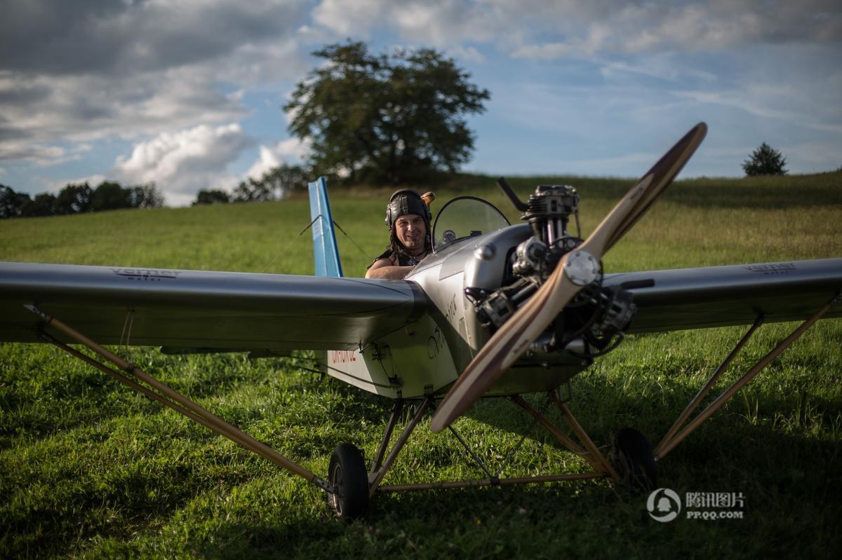 酷到没朋友!捷克大叔自己造飞机开着上下班 - 海阔山遥 - .